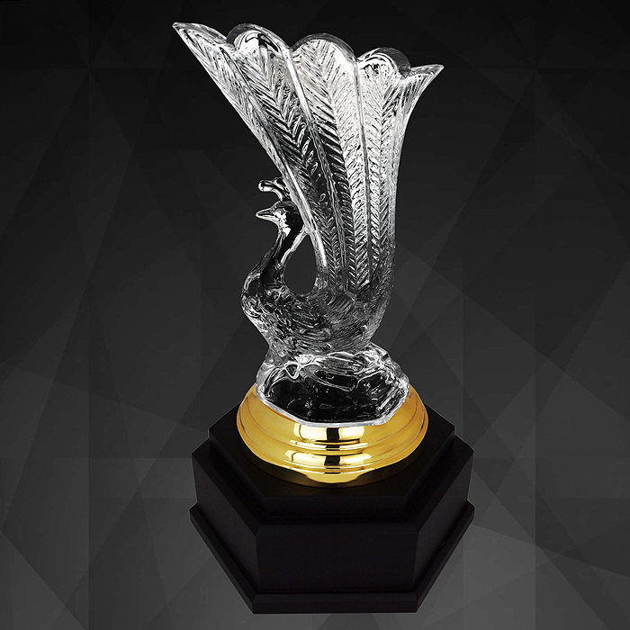 9244 - Exclusive Crystal Trophy