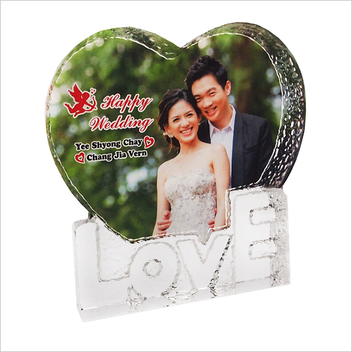 9007 - Exclusive Crystal Love Plaque