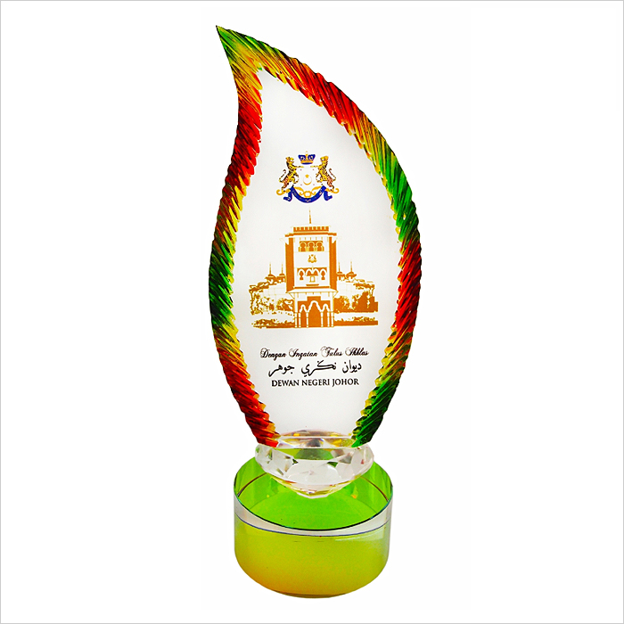 3022 - Exclusive Liuli Crystal Trophy