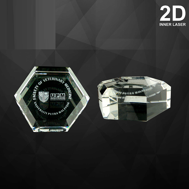 9070 - Hexagon Crystal Paper Weight