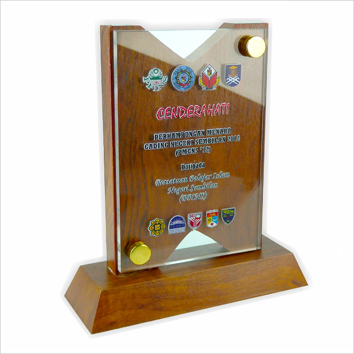 3010 - Exclusive Wooden Crystal Plaque